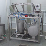 emi-automatic device for washing and filling beer into keg